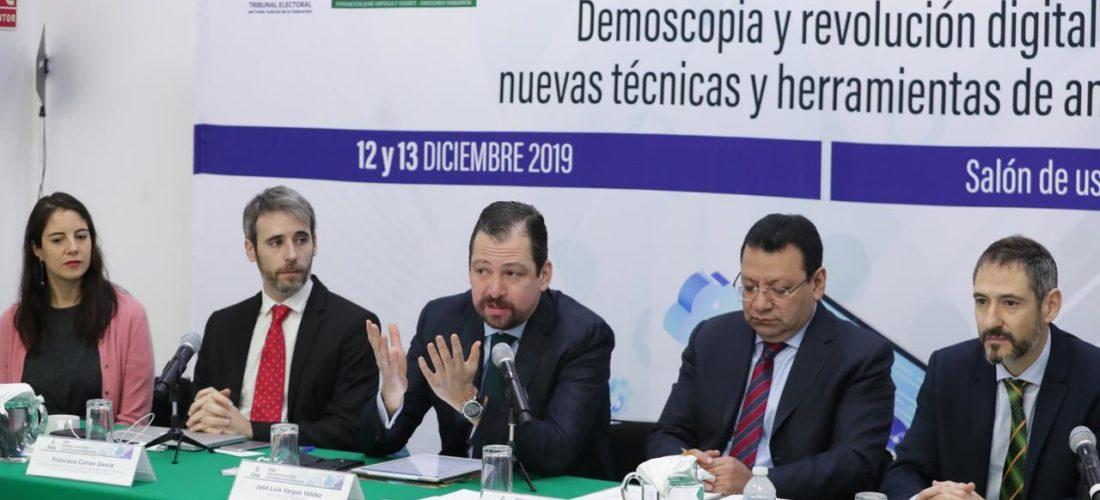 El IUIOG desarrolla en México el Diplomado de Demoscopia y Revolución Digital